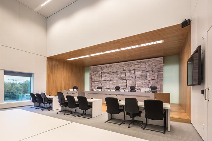 tijdelijke rechtbank amsterdam